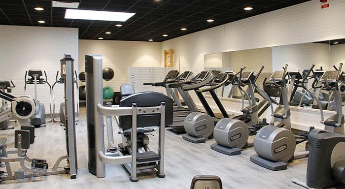 träna på flera gym